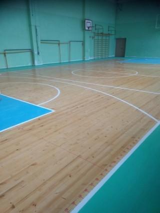 Новый пол спортивного зала СОШ 5